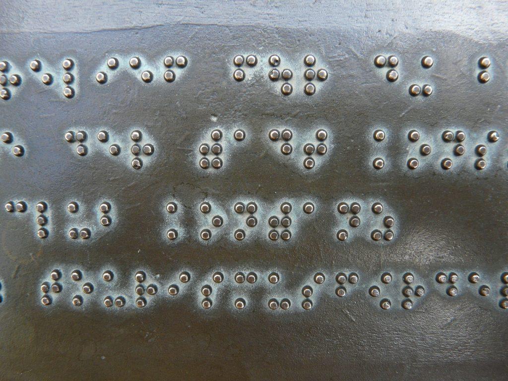 Dia Mundial do Braille: Quem inventou o sistema de leitura e escrita e por quê?